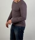 Лонгслив (футболка с длинным рукавом) коричневого цвета